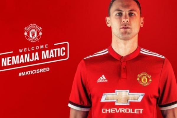 Nemanja Matic a Manchester United játékosa!